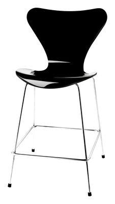Foto Sedia da bar Série 7 - H 76 cm - Legno laccato di Fritz Hansen - Laccato nero - Legno