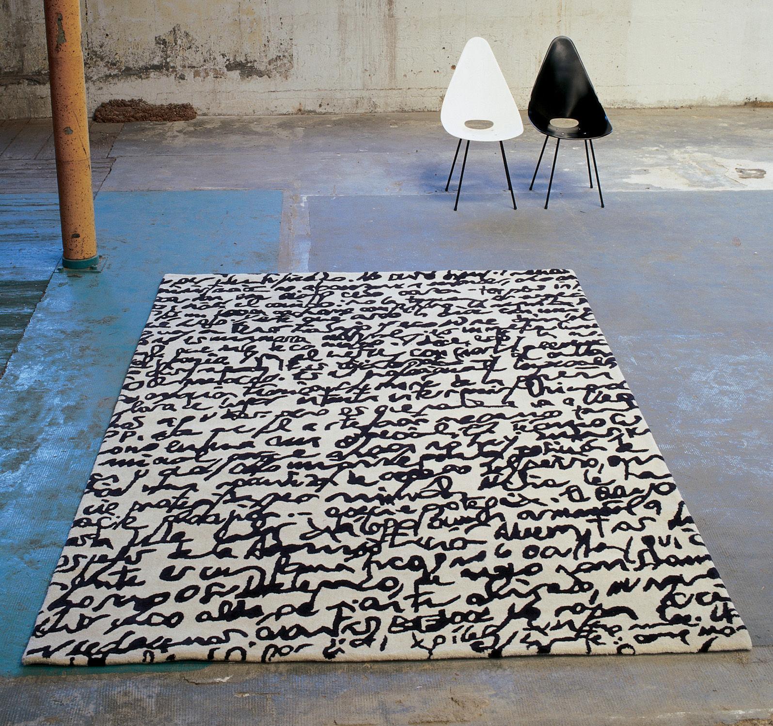 black on white manuscrit tappeto 80 x 240 cm bianco e. Black Bedroom Furniture Sets. Home Design Ideas