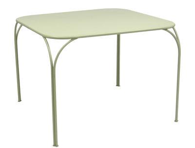 Table Kintbury 100 x 100 cm Fermob tilleul en métal