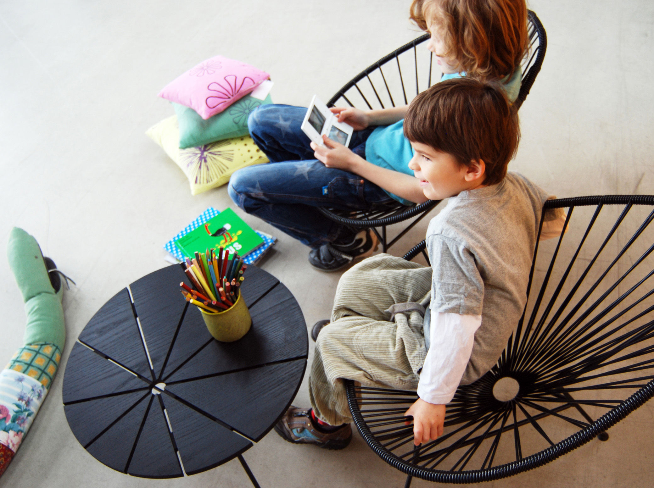 Fauteuil enfant mini acapulco turquoise ok design pour sentou edition - Mini fauteuil enfant ...