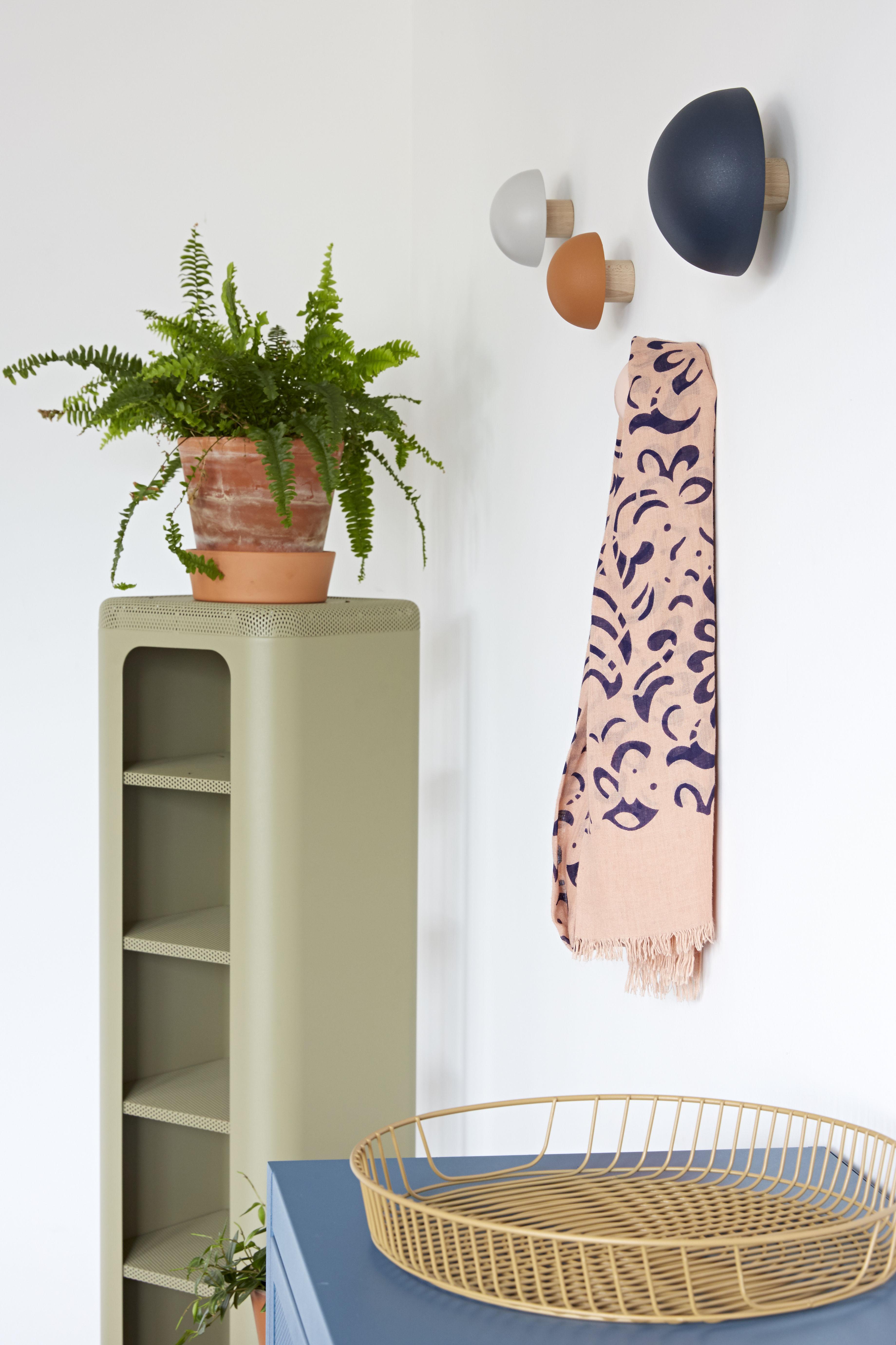clou 4er set stahl holz tolix wandhaken. Black Bedroom Furniture Sets. Home Design Ideas