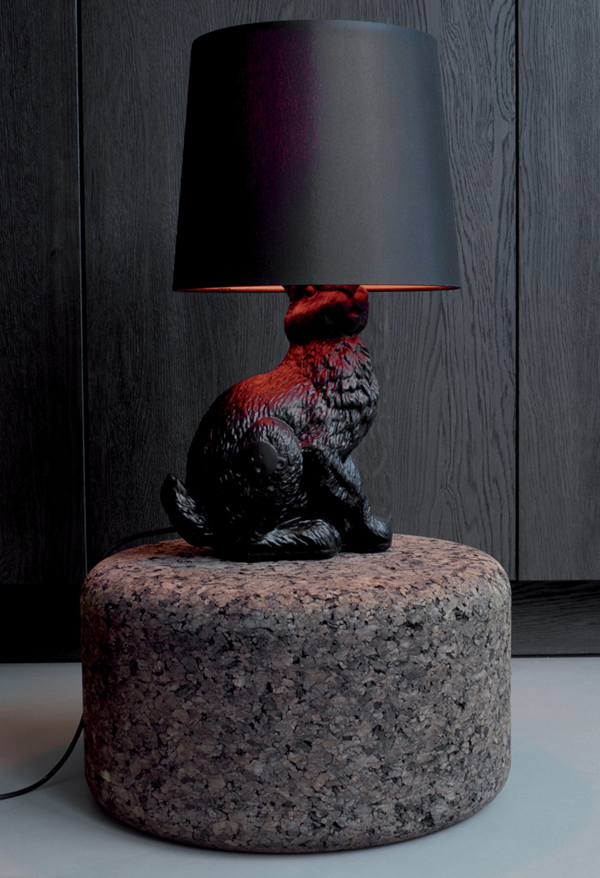 Rabbit lamp table lamp black by moooi for Design table lamp giffy 17 7