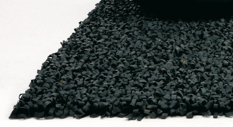 Tapis bicicleta 100 recycl noir nanimarquina made in - Made in design tapis ...