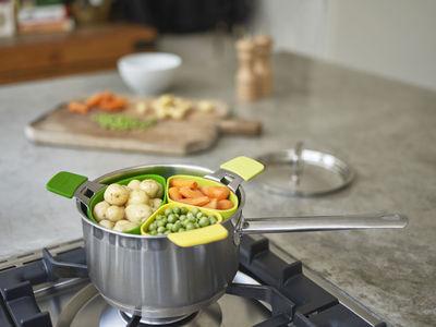 Panier vapeur nest steam set de 3 vert jaune joseph - Ustensile de cuisine joseph joseph design ...