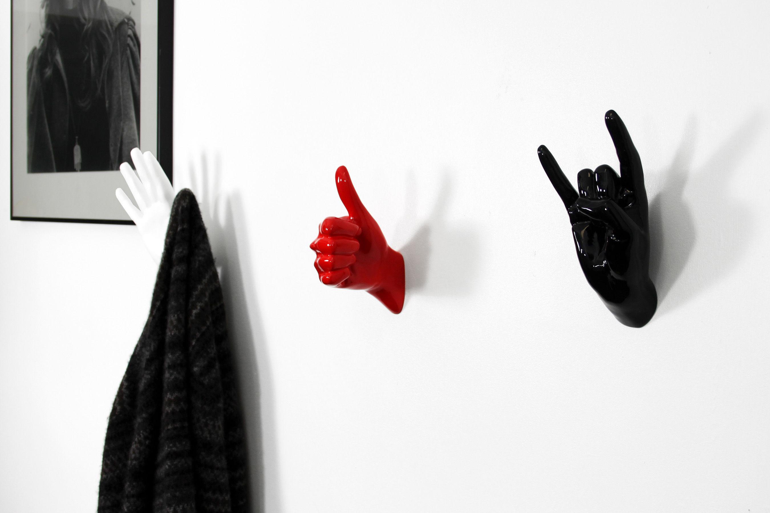 hand job peace thelermont hupton wandhaken. Black Bedroom Furniture Sets. Home Design Ideas