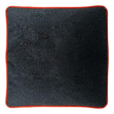 coussin micky 44 x 44 cm gris fonc liser rouge zanotta. Black Bedroom Furniture Sets. Home Design Ideas