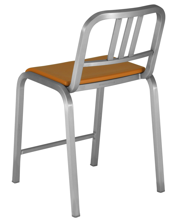 chaise de bar nine o assise rembourr e h 60 cm. Black Bedroom Furniture Sets. Home Design Ideas