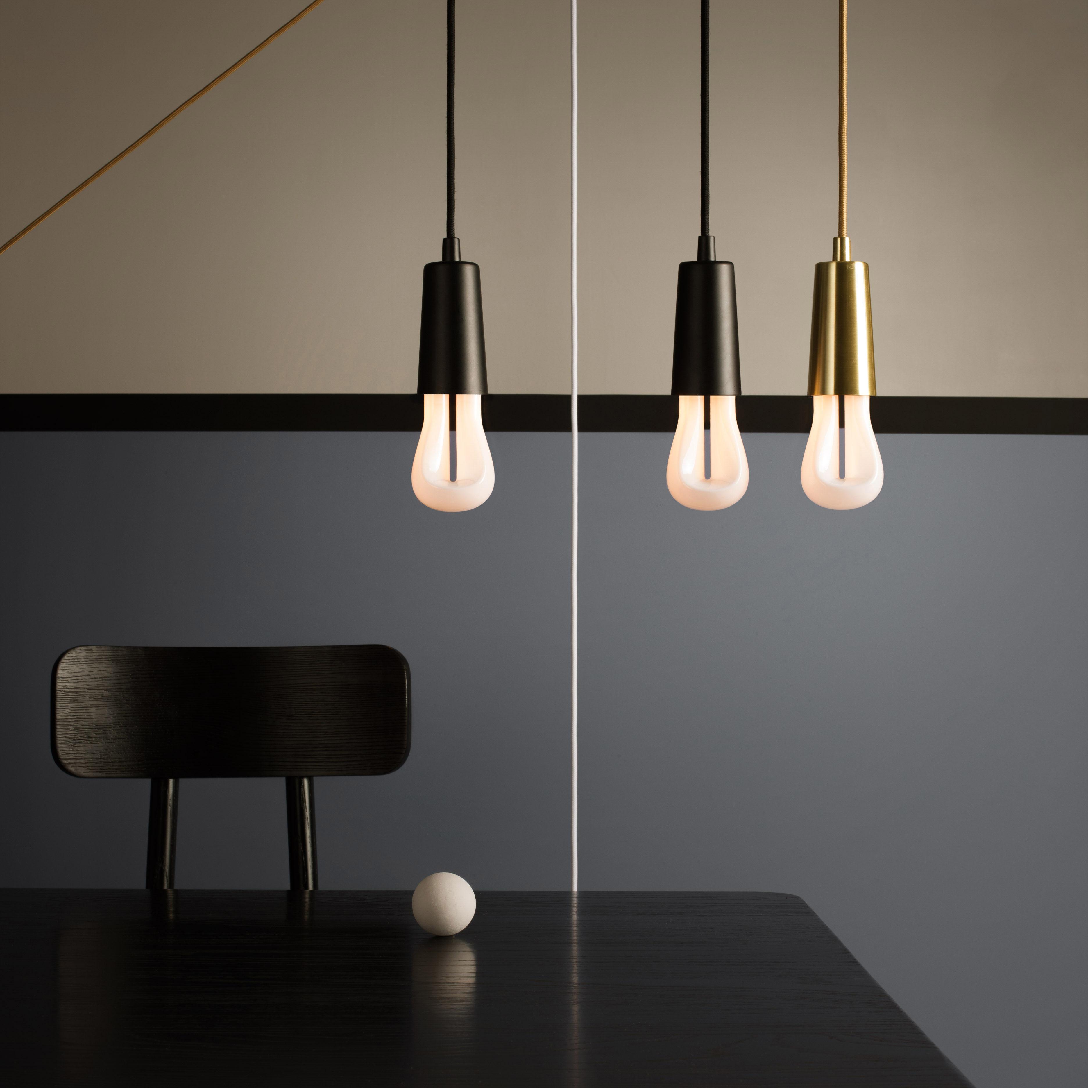 ampoule led e27 n 002 original 4w 25w 245 lumen blanc culot noir plumen. Black Bedroom Furniture Sets. Home Design Ideas