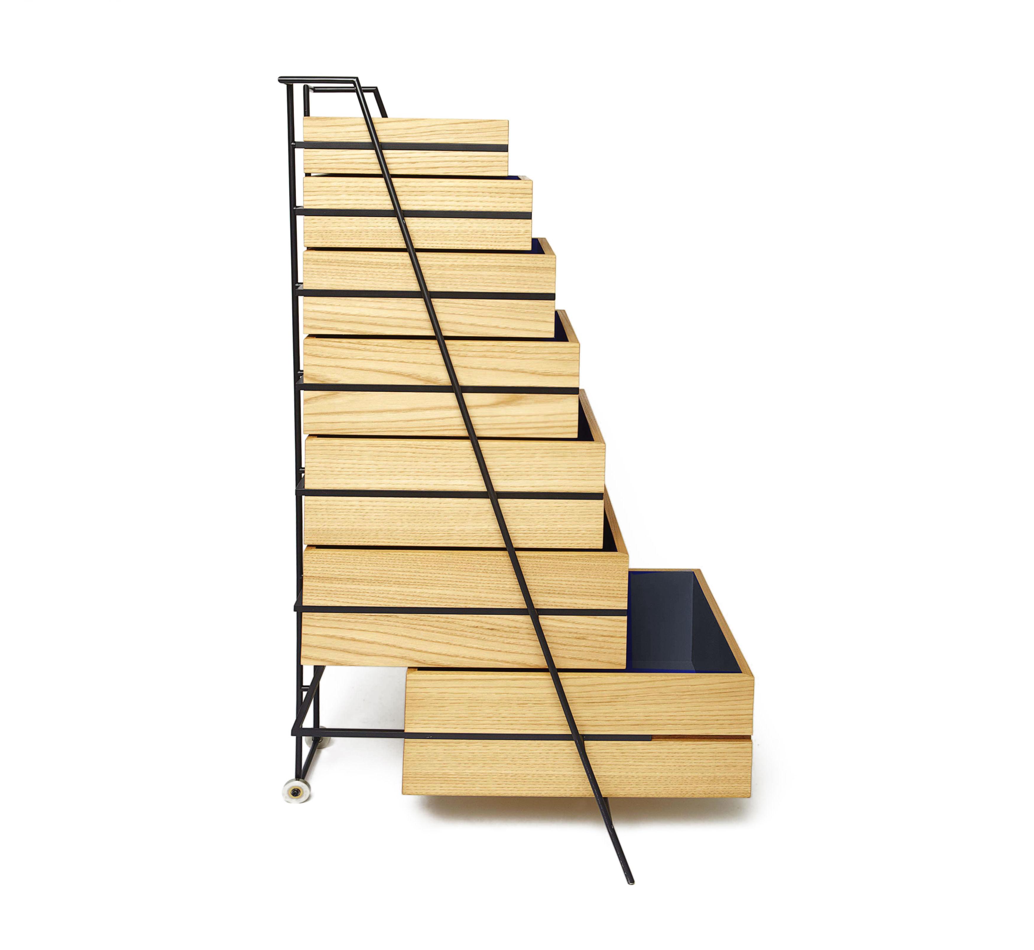 commode sutoa l 67 x h 110 cm bois naturel int rieur bleu frama. Black Bedroom Furniture Sets. Home Design Ideas
