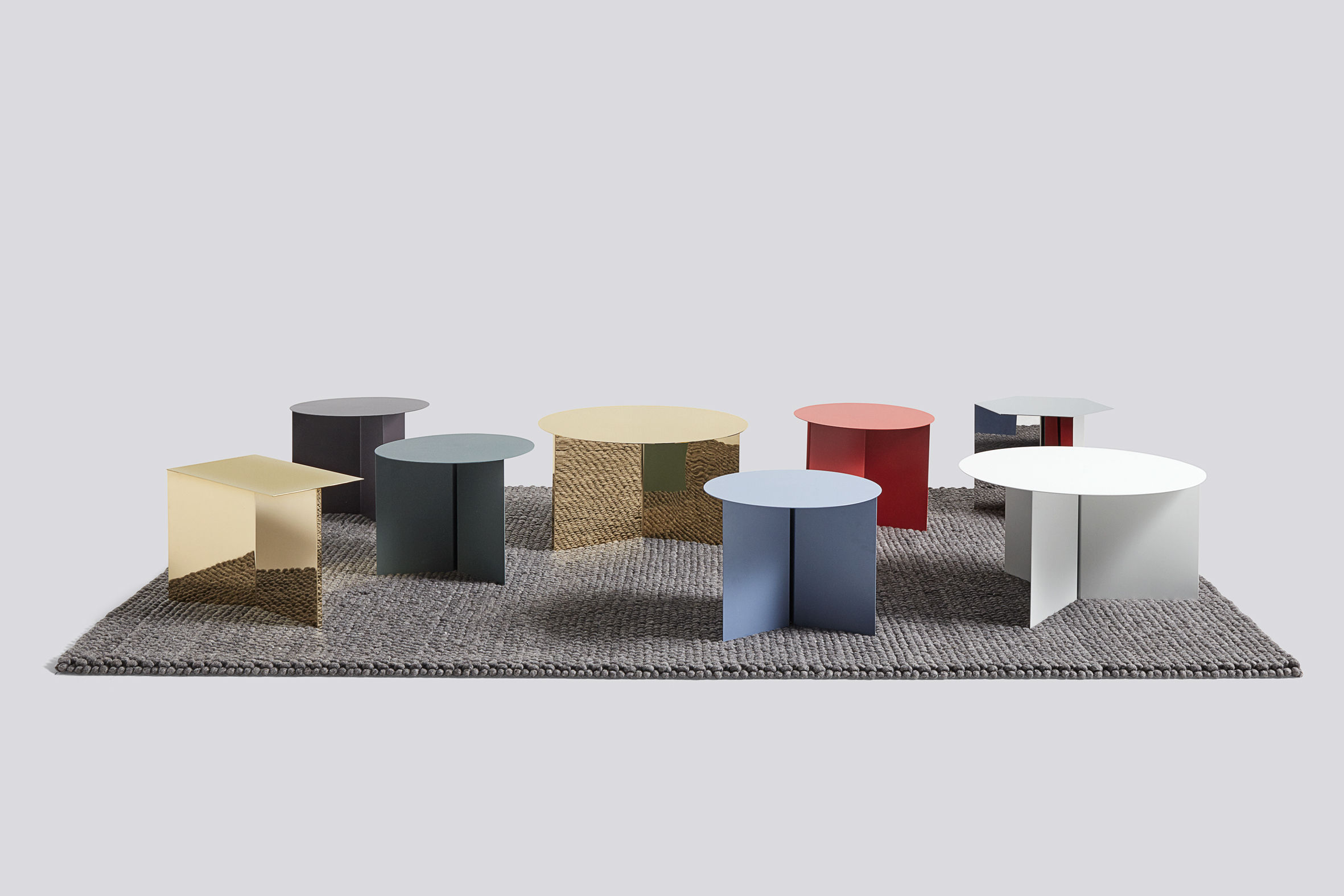 table d 39 appoint slit hexagon 45 x 45 cm metallo laiton poli hay. Black Bedroom Furniture Sets. Home Design Ideas
