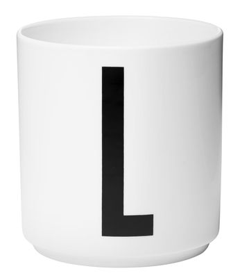 Mug Arne Jacobsen Porcelaine Lettre L Design Letters blanc en céramique