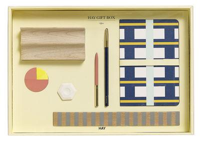 Accessoires - Accessoires bureau - Coffret Bureau Medium / 1 plumier, 2 stylos, 1 carnet, 1 gomme, 1 règle, notes - Hay - Bois, Rose, Bleu - Bois, Métal plaqué cuivre, Papier