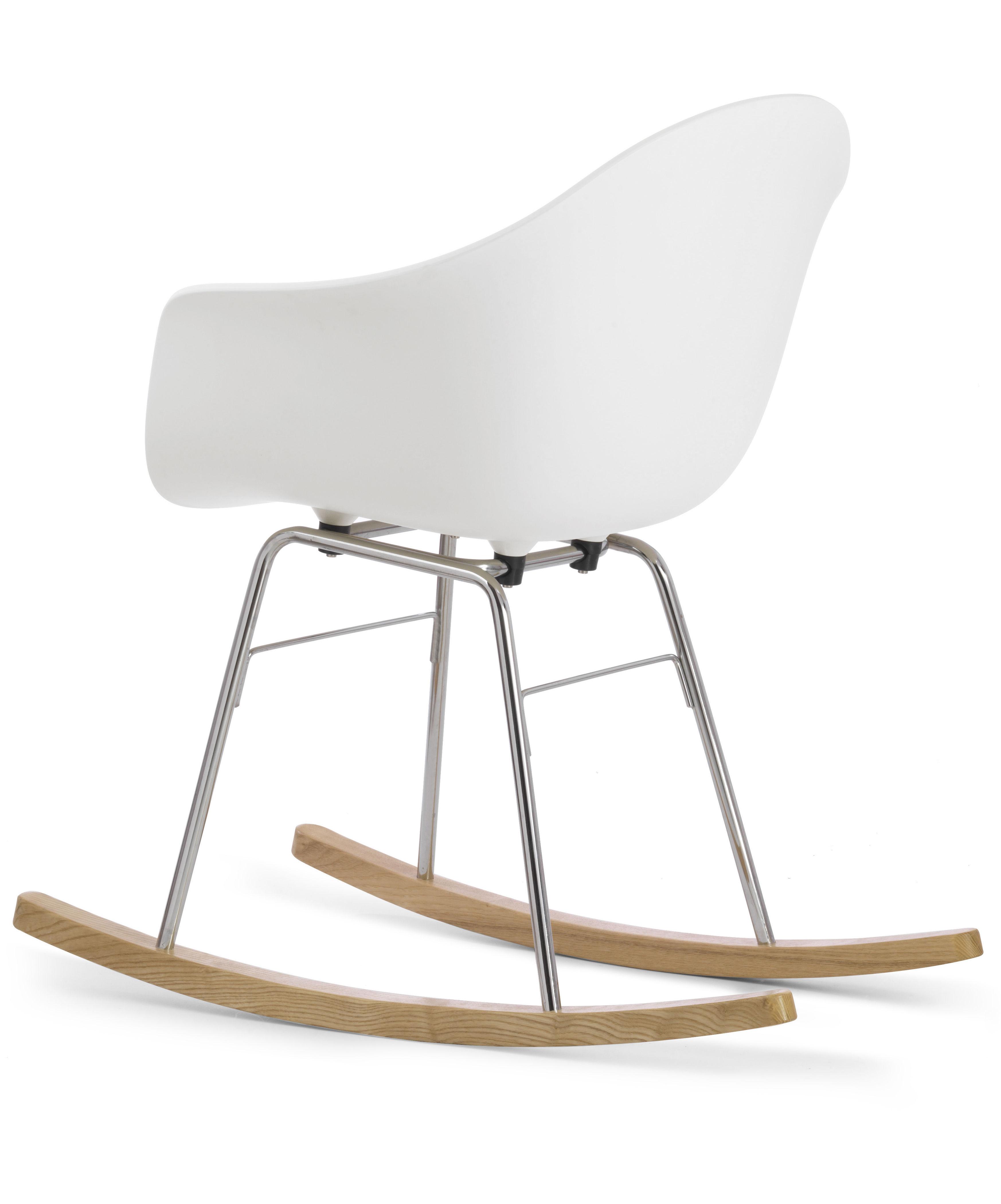 rocking chair ta patins bois blanc chrom patins bois toou made in design. Black Bedroom Furniture Sets. Home Design Ideas