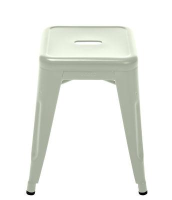 Foto Sgabello impilabile H - / H 45 cm - Colore opaco - Les Couleurs® Le Corbusier di Tolix - Verde inglese pallido - Metallo