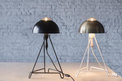 Studio simple lampada da tavolo bianco paralume ottone by serax