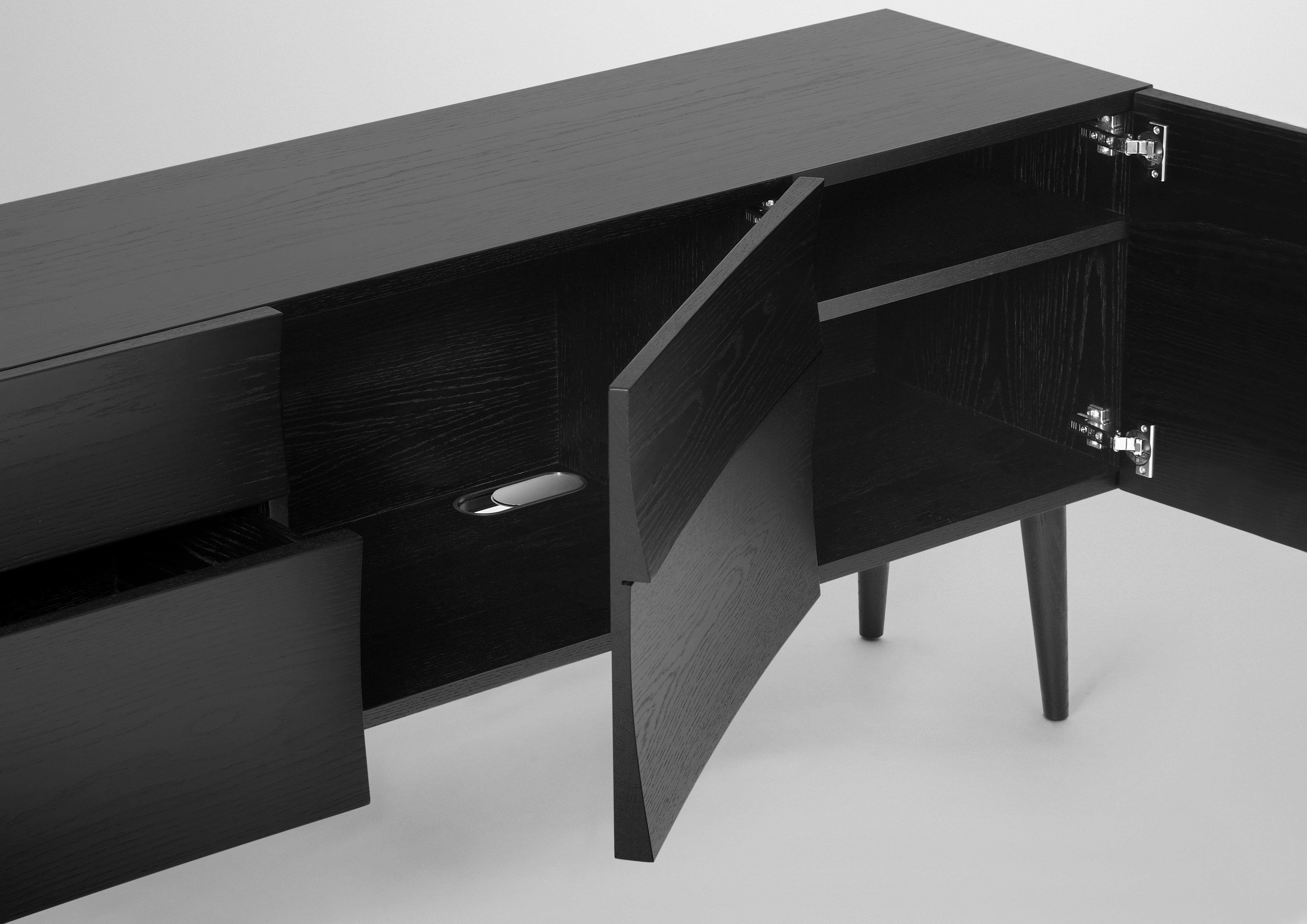 Reflect large dresser sideboard black by muuto for Sideboard 40 cm