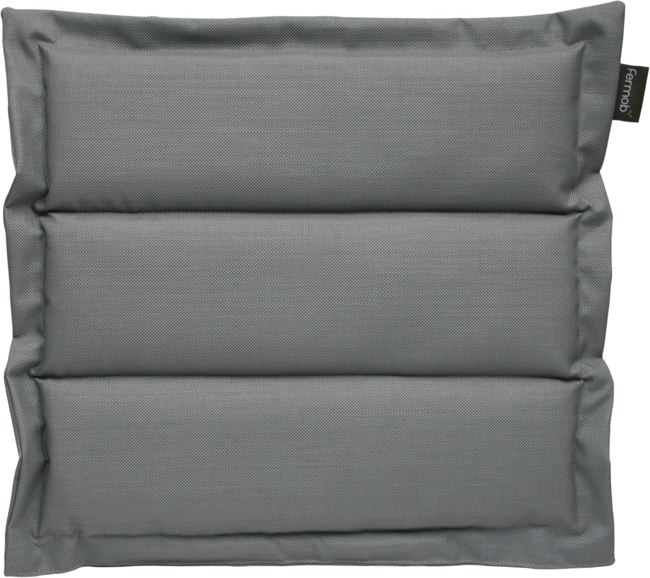 coussin d 39 ext rieur pour chaise et fauteuil luxembourg gris fermob. Black Bedroom Furniture Sets. Home Design Ideas