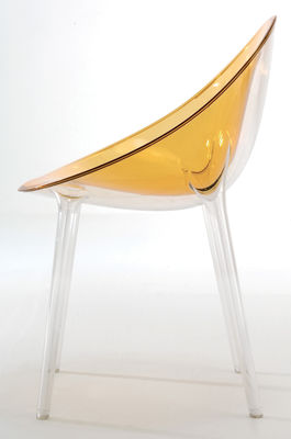 fauteuil mr impossible polycarbonate rouge transparent kartell. Black Bedroom Furniture Sets. Home Design Ideas