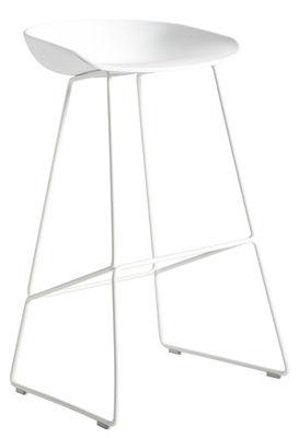 Foto Sgabello da bar About a stool / H 65 cm - Base a slitta acciaio - Hay - Bianco - Metallo Sgabello bar
