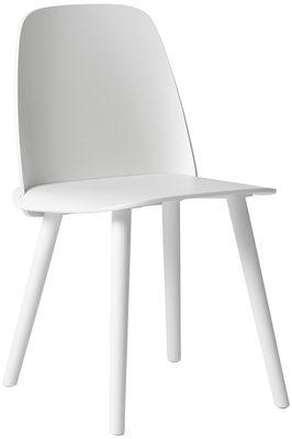 Nerd Sedia - / Legno Bianco by Muuto | Made In Design