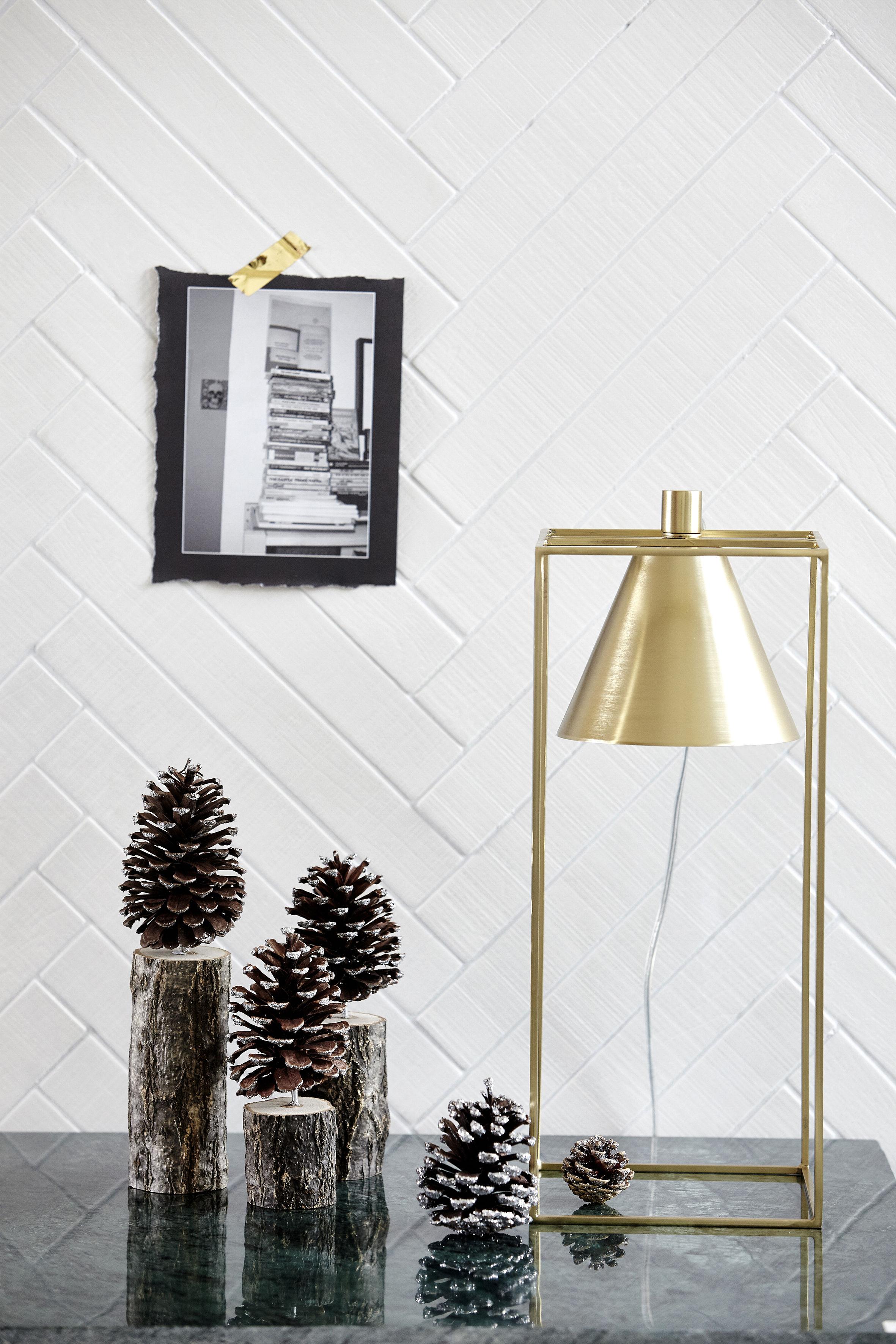 lampe de table kubix h 42 cm m tal gris clair house doctor. Black Bedroom Furniture Sets. Home Design Ideas