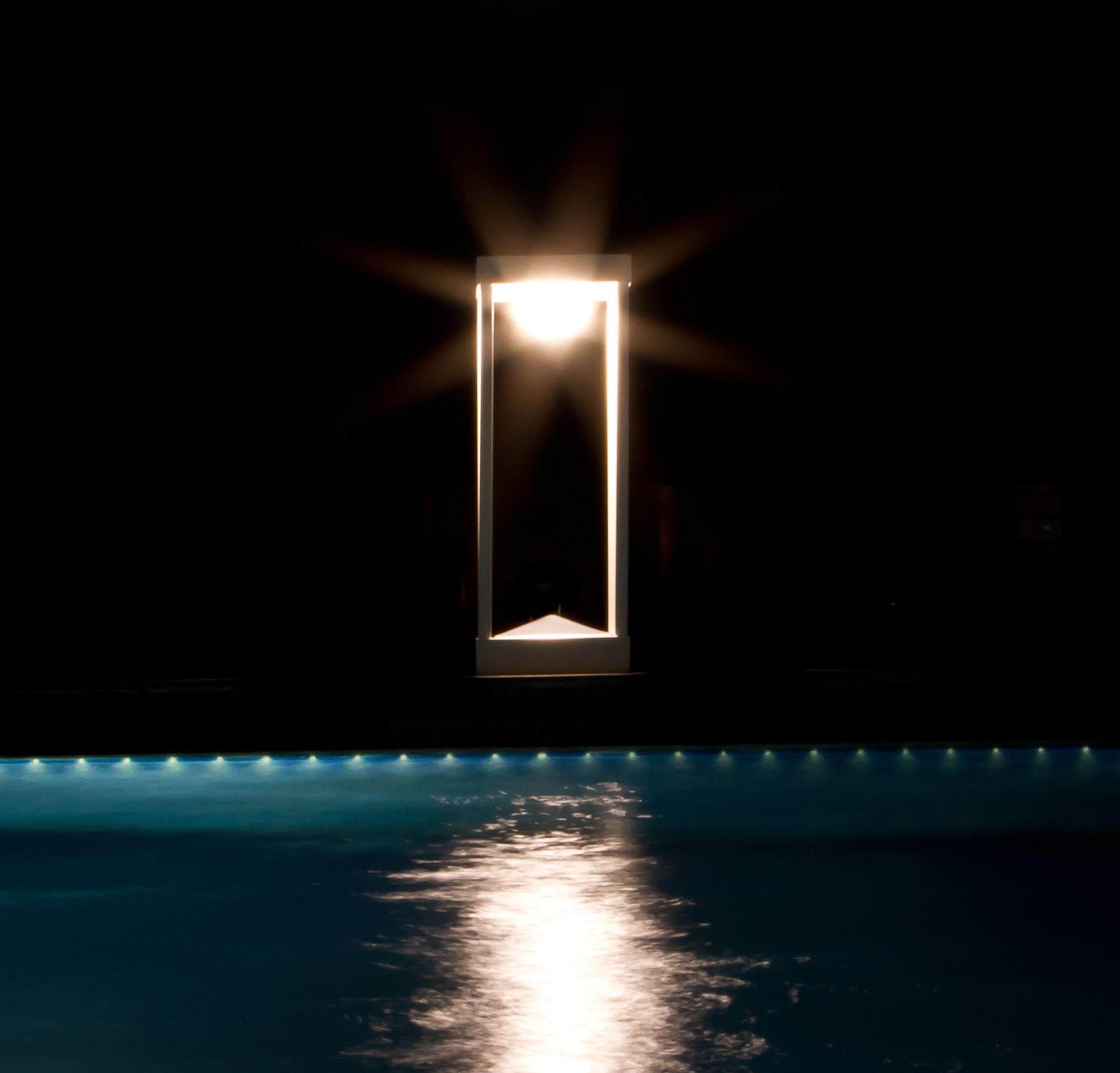 la lampe parc s solar lamp led wireless h 30 cm black by maiori. Black Bedroom Furniture Sets. Home Design Ideas