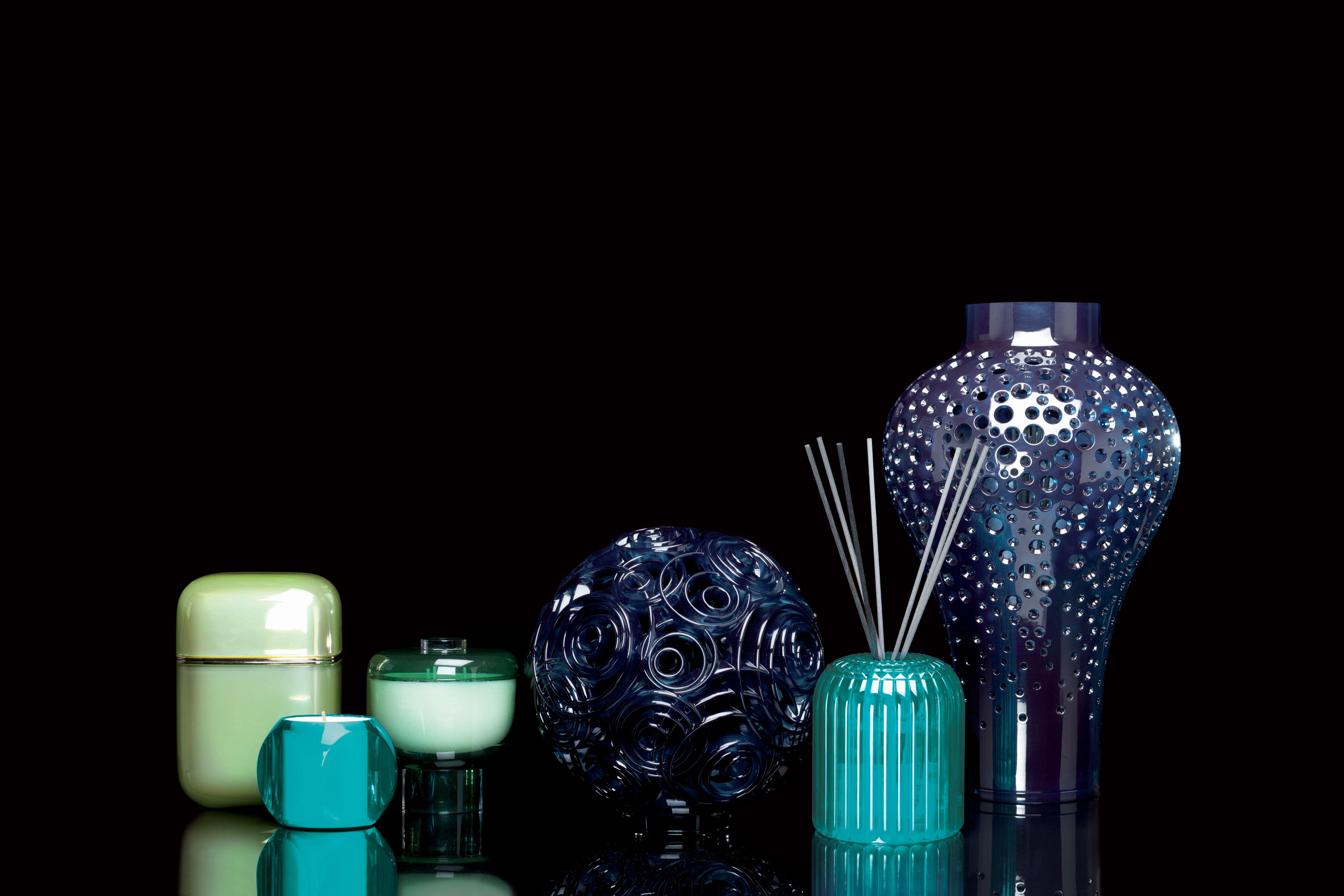 diffuseur de parfum cache cache kartell fragrances avec b tonnets bleu senteur 39 portofino. Black Bedroom Furniture Sets. Home Design Ideas