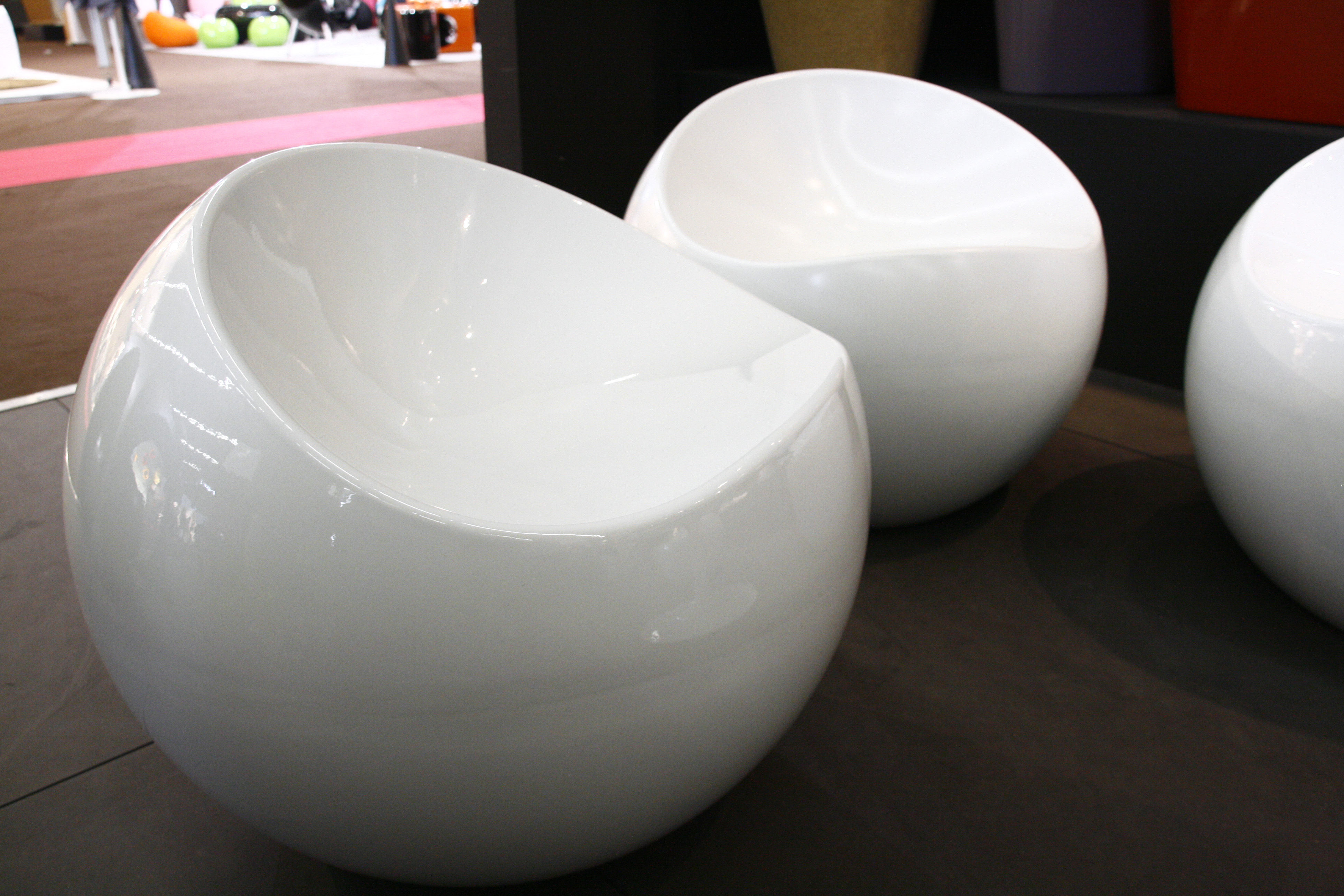 Ball Chair Pouf White By Xl Boom Made In Design Uk