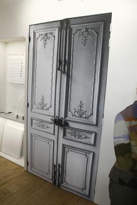 Porte haussmannienne sticker by maison martin margiela - Stickers porte interieure maison ...