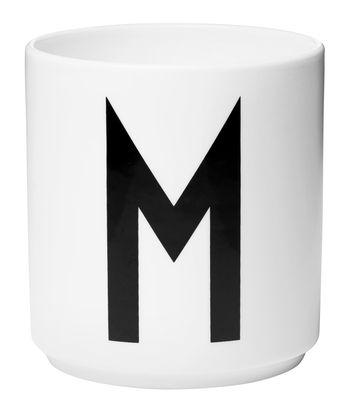 Mug Arne Jacobsen / Porcelaine - Lettre M - Design Letters blanc en céramique