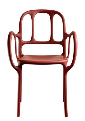 Foto Poltrona impilabile Milà / Plastica- Magis - Rosso - Materiale plastico