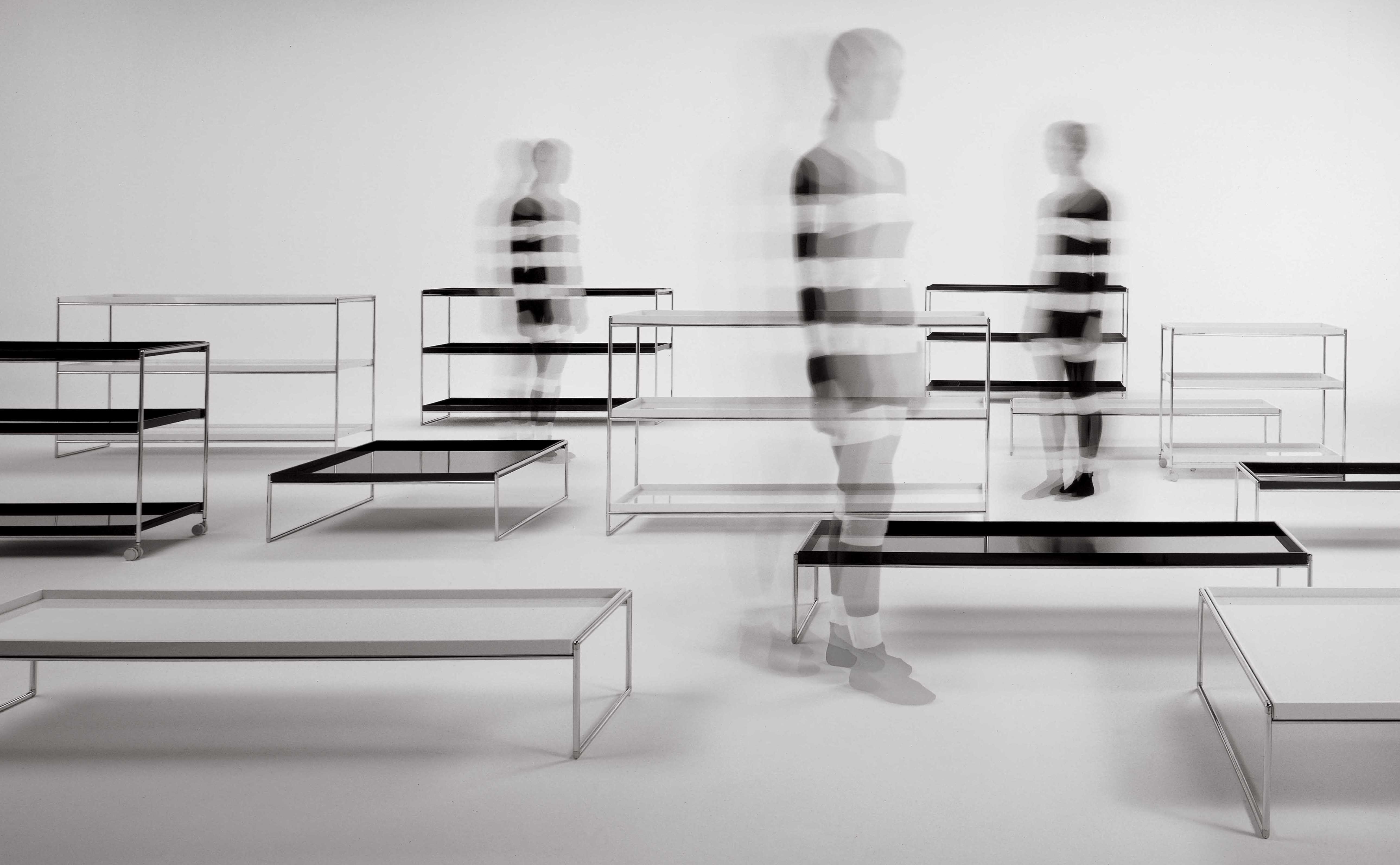 trays kartell ablage. Black Bedroom Furniture Sets. Home Design Ideas