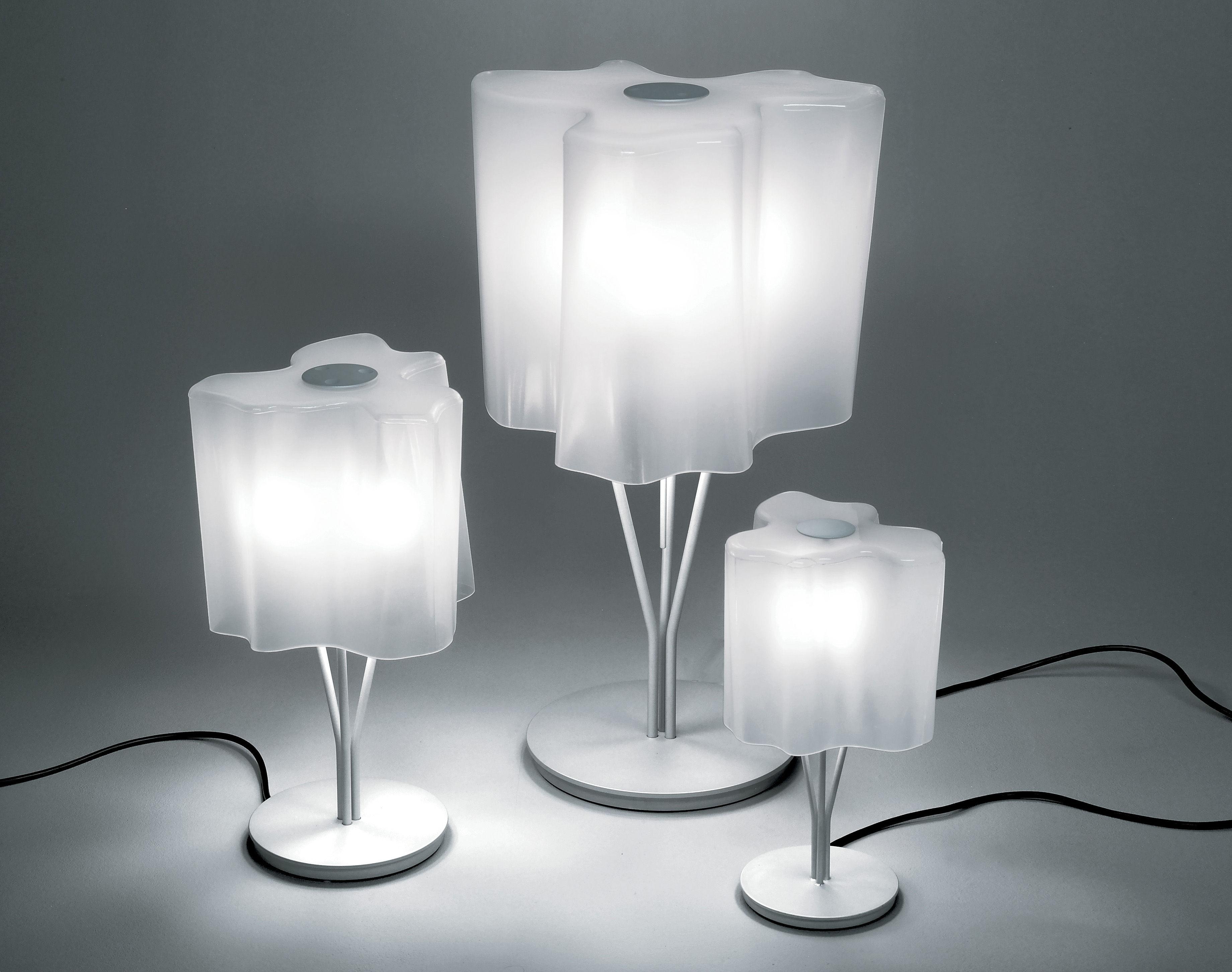 Scopri Lampada da tavolo Logico Mini, Bianco - Altezza 44 cm di ...