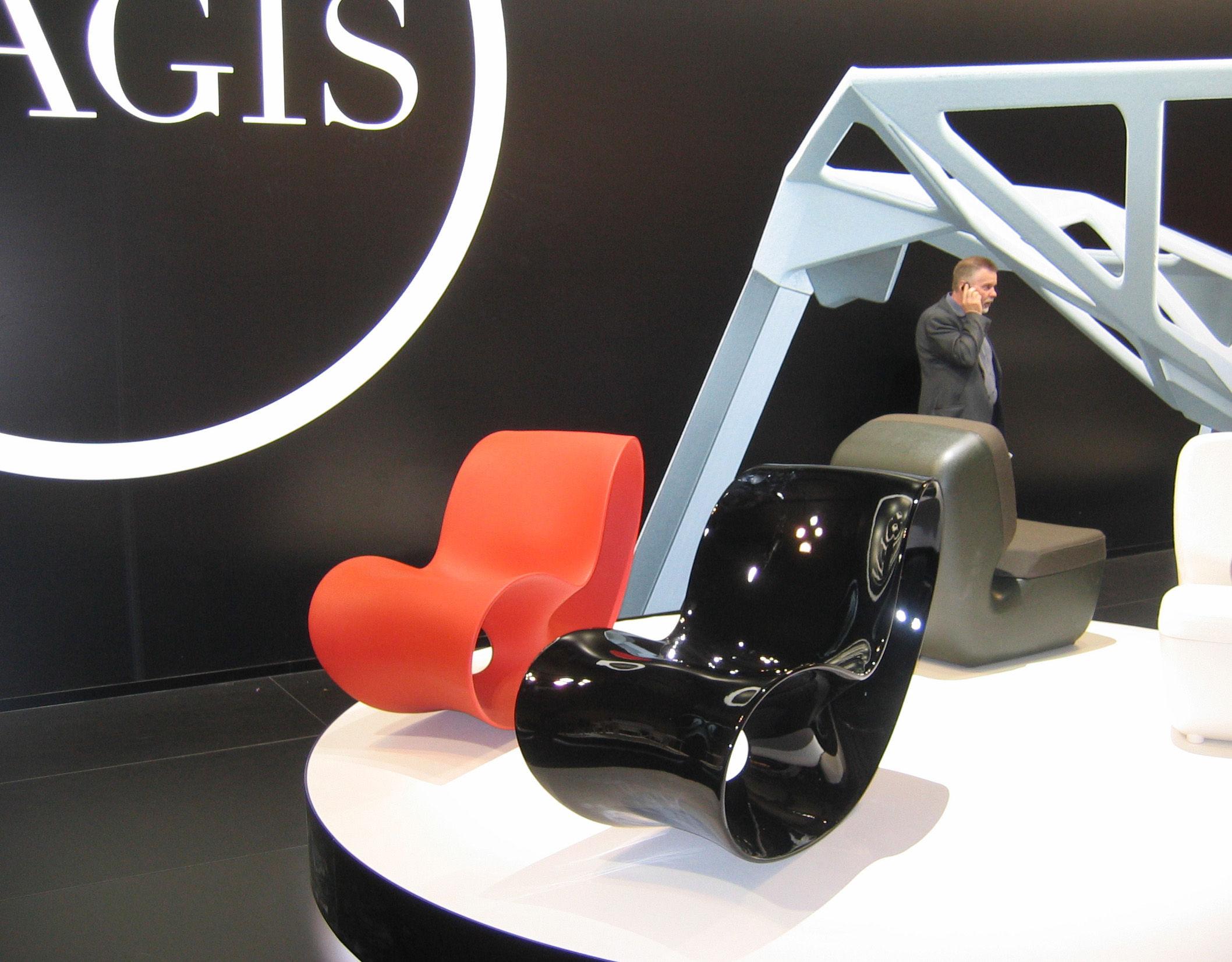 rocking chair voido orange magis. Black Bedroom Furniture Sets. Home Design Ideas