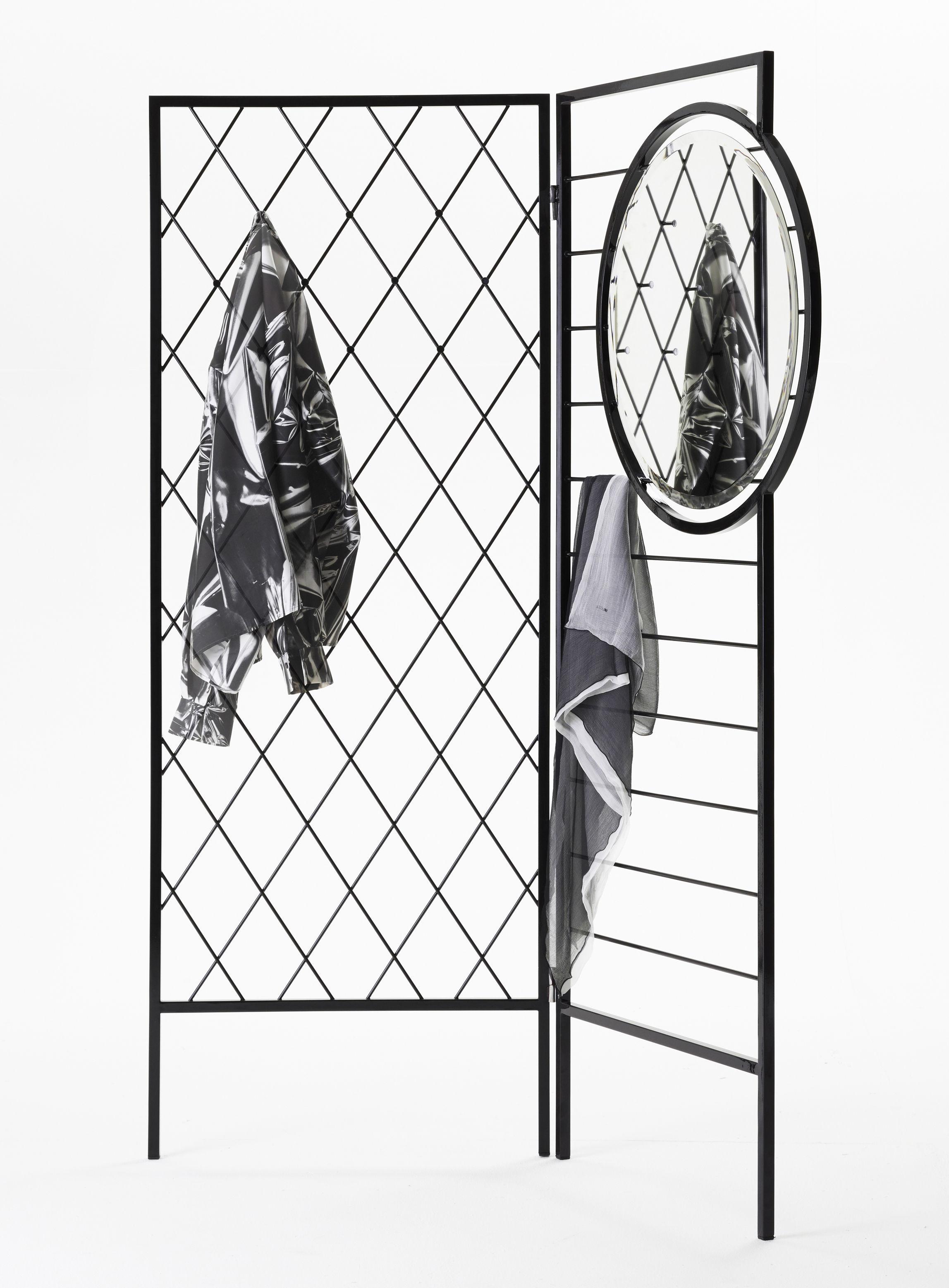 apparel kleiderst nder mit integriertem spiegel. Black Bedroom Furniture Sets. Home Design Ideas