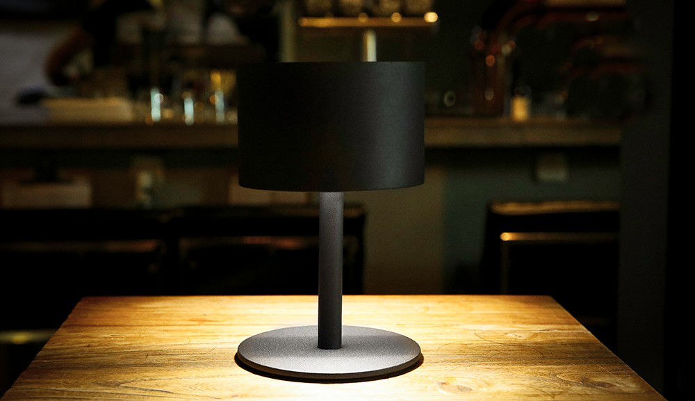 la lampe pose 01 solarlampe led kabellos wei by maiori made in design. Black Bedroom Furniture Sets. Home Design Ideas