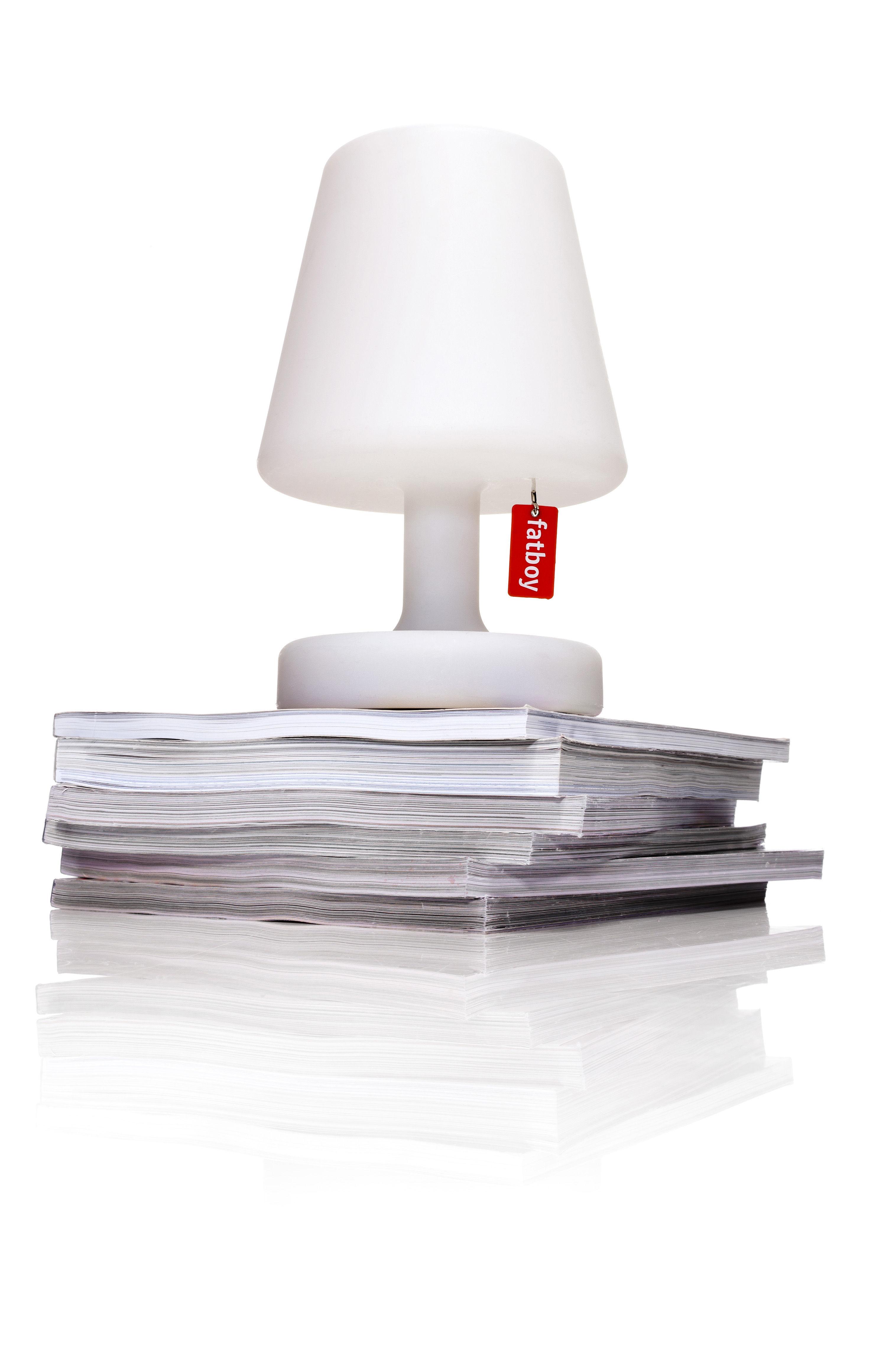 lampe de table edison the petit h 25 cm led rechargeable sur secteur blanc fatboy made. Black Bedroom Furniture Sets. Home Design Ideas