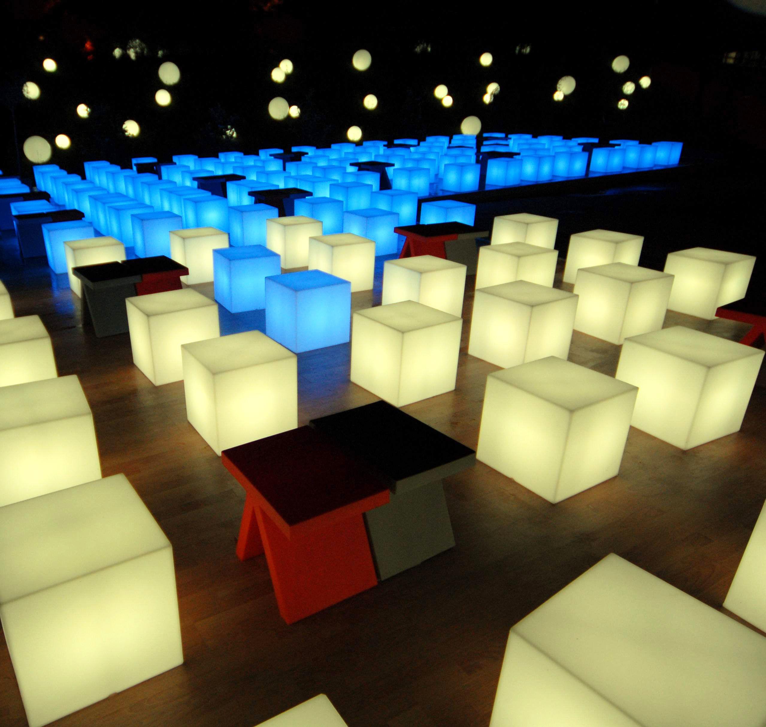 Cubo indoor luminous coffee table 43 cm with cable - Decoracion de pub ...