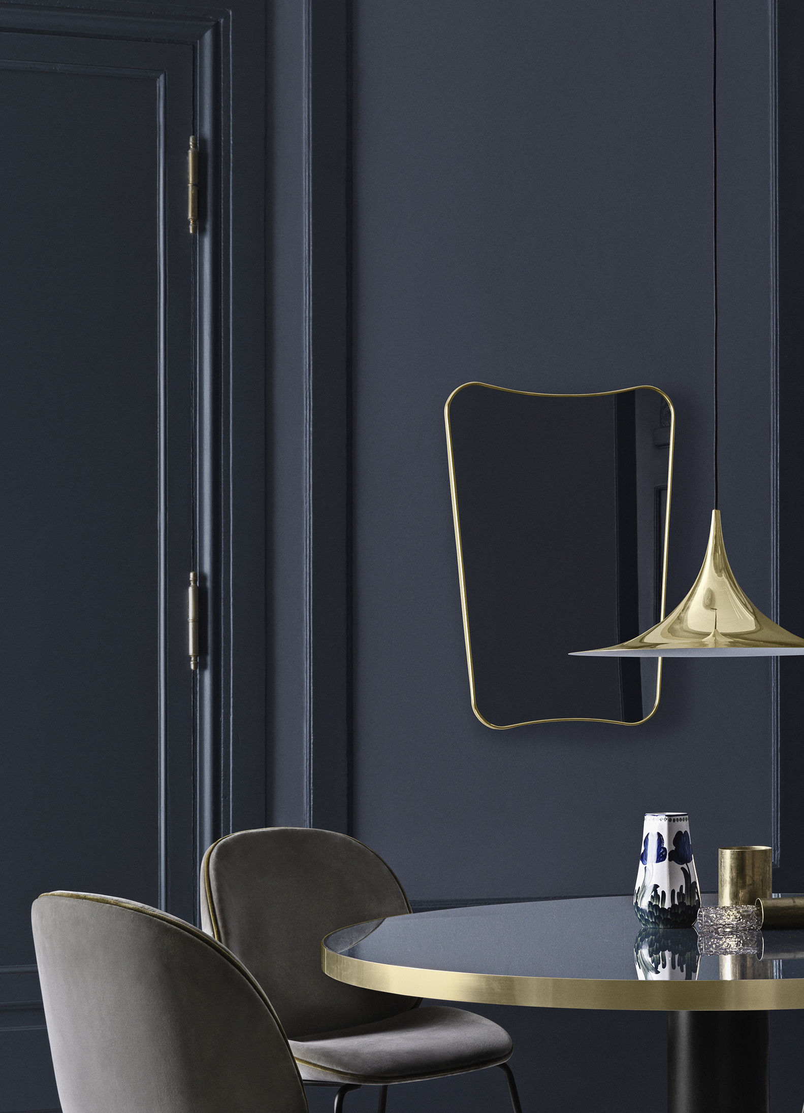 F wall mirror gio ponti l 54 x h 80 cm brass by gubi for Mirror 80 x 80