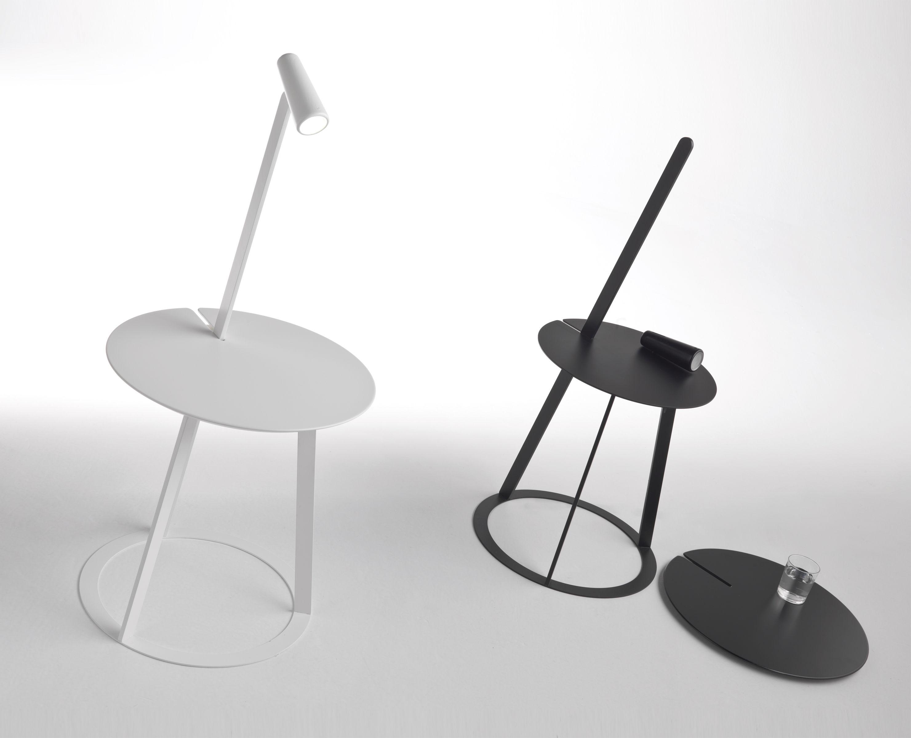 scopri tavolino d 39 appoggio albino con lampada led