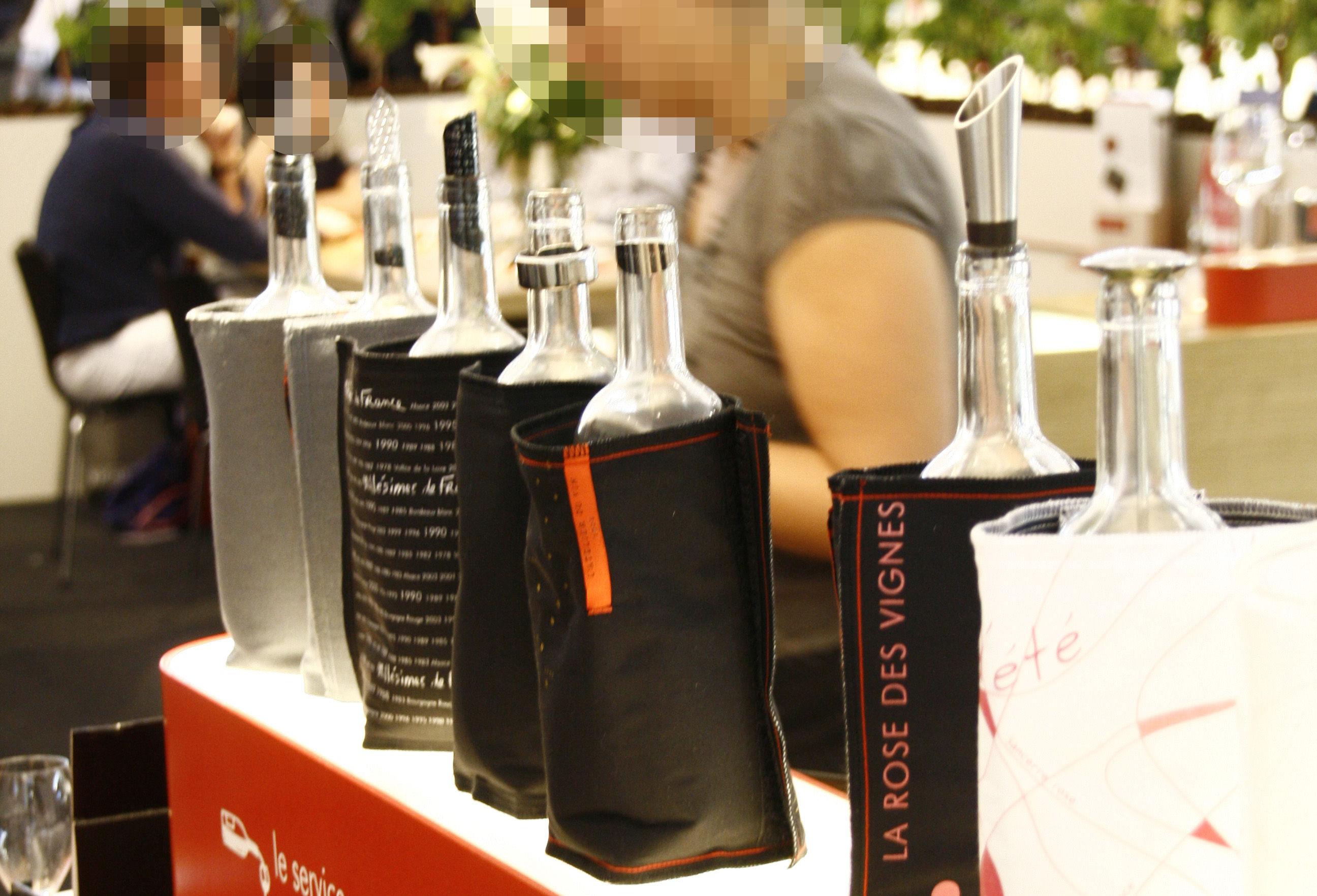 scopri secchiello refrigerante fresh mill simes de france nero di l 39 atelier du vin made in. Black Bedroom Furniture Sets. Home Design Ideas