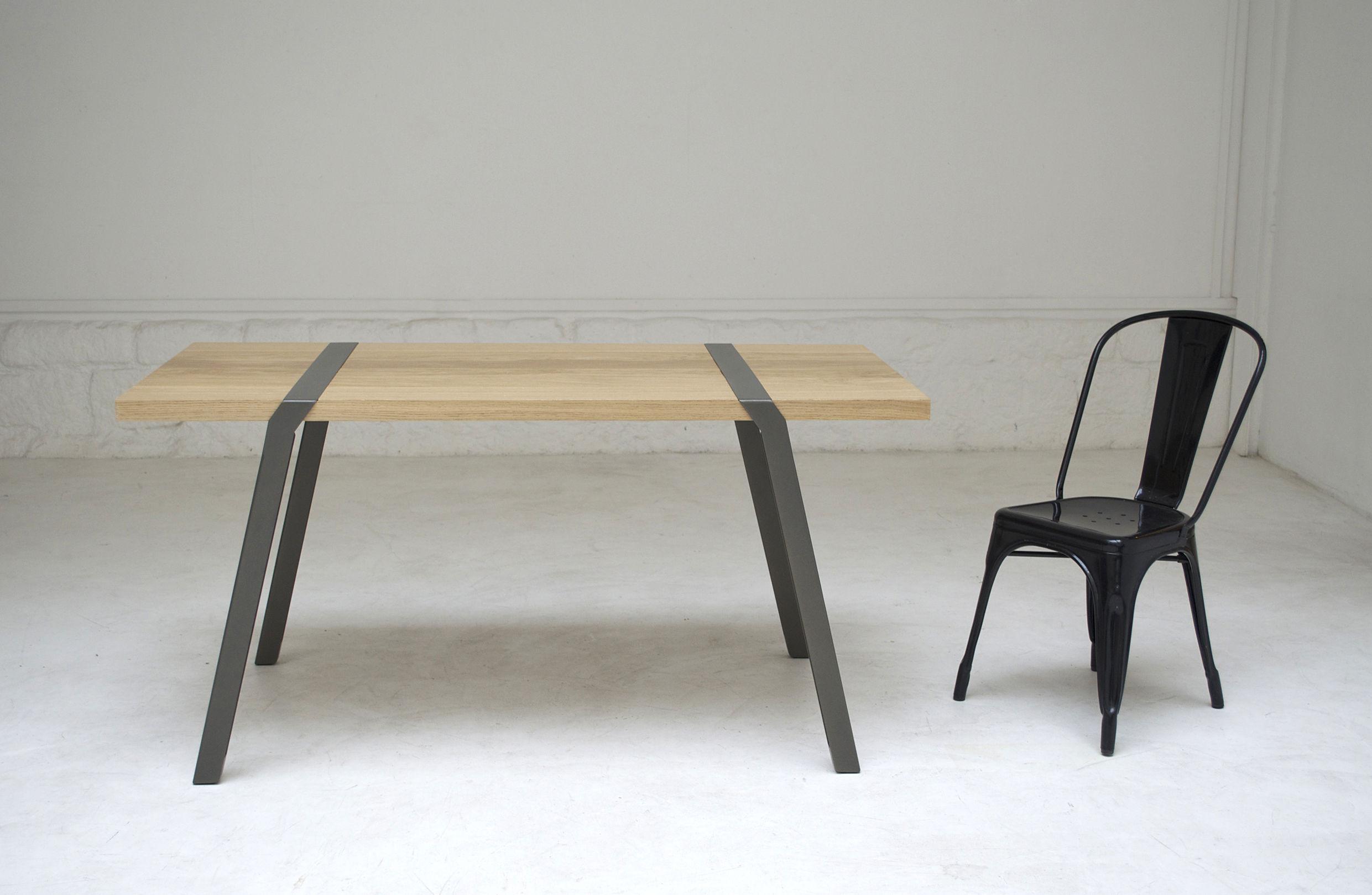 Table pi bureau 150 x 75 cm gris canon de fusil l for 6 bureaux regionaux de l oms