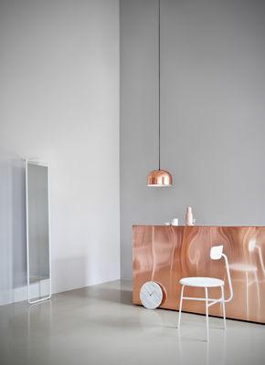 Miroir sur pied kaschkasch poser l 42 x h 175 cm blanc menu - Miroir een poser sur tafel ...