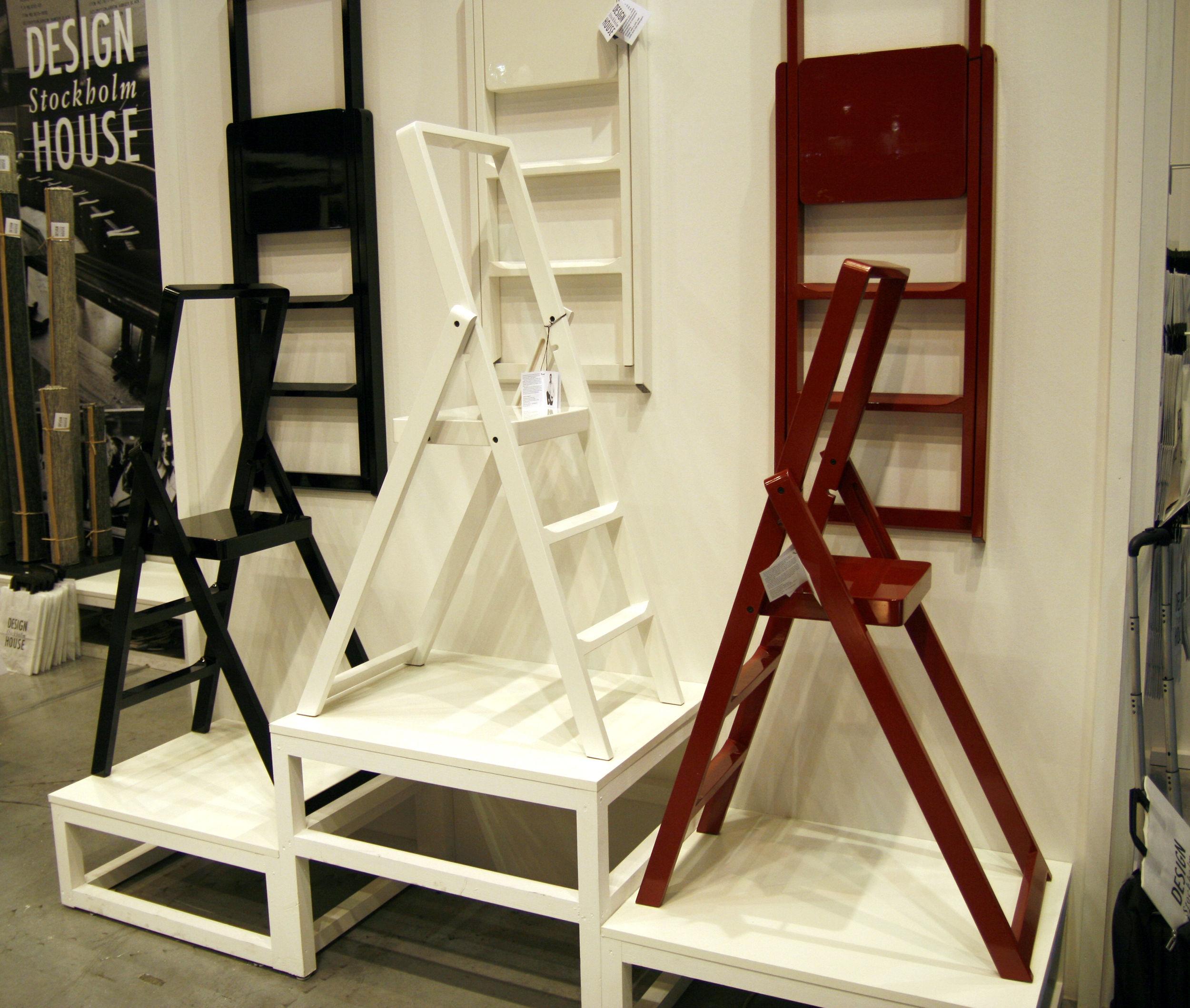 escabeau step pliable h 66 cm noir design house stockholm. Black Bedroom Furniture Sets. Home Design Ideas