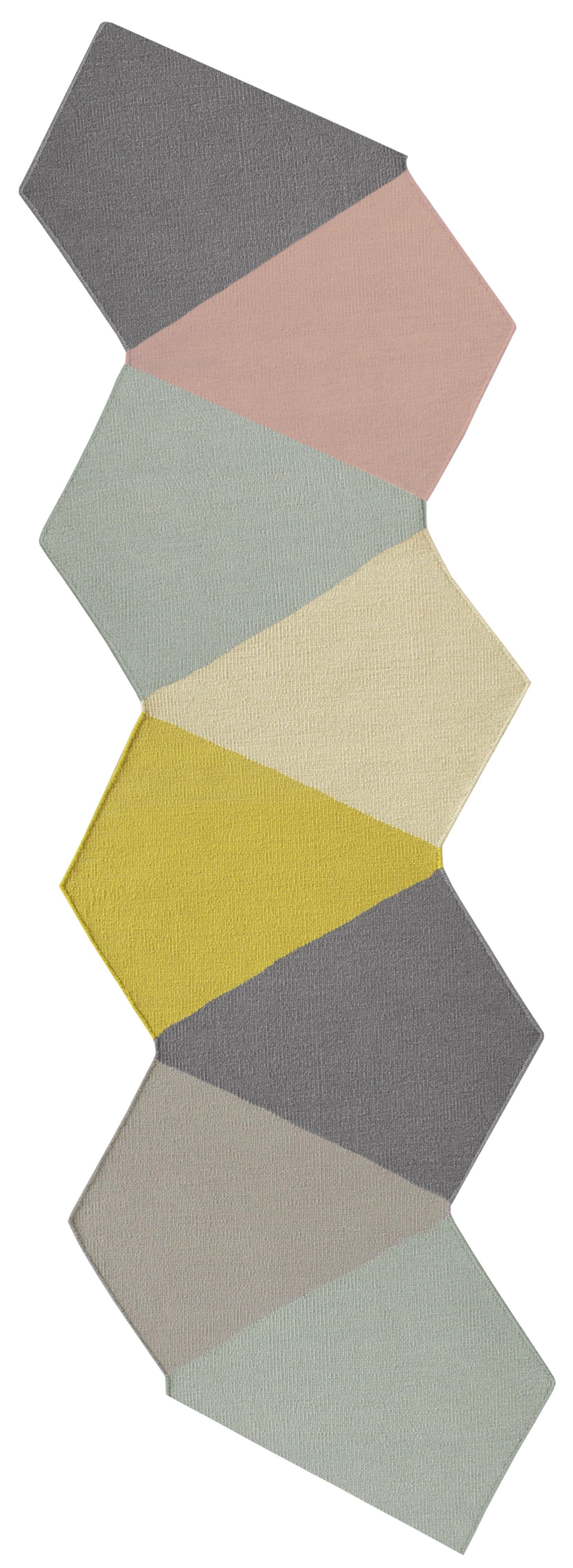 crux teppich 395 x 130 cm exklusives online angebot mehrfarbig by kinnasand made in design. Black Bedroom Furniture Sets. Home Design Ideas