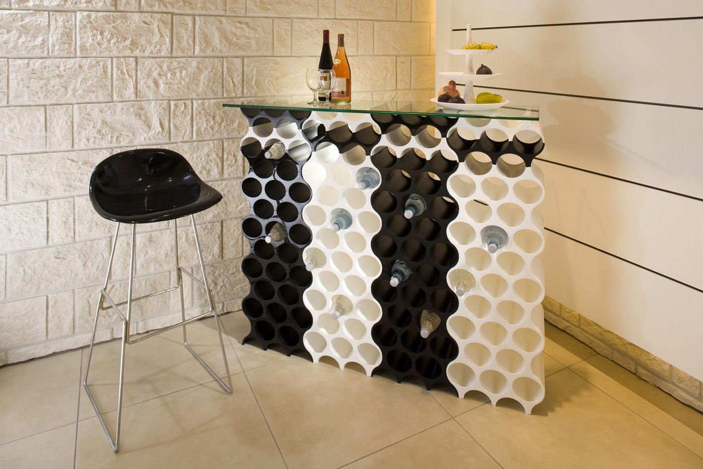 setup portabottiglie bianco by koziol made in design. Black Bedroom Furniture Sets. Home Design Ideas