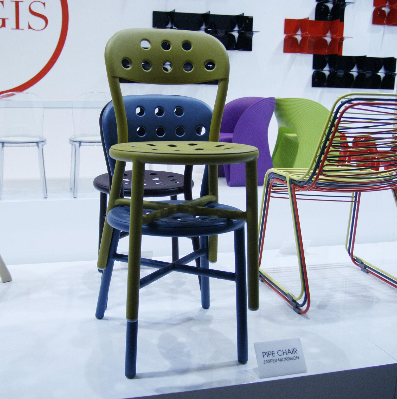 chaise empilable pipe m tal bleu acier magis. Black Bedroom Furniture Sets. Home Design Ideas