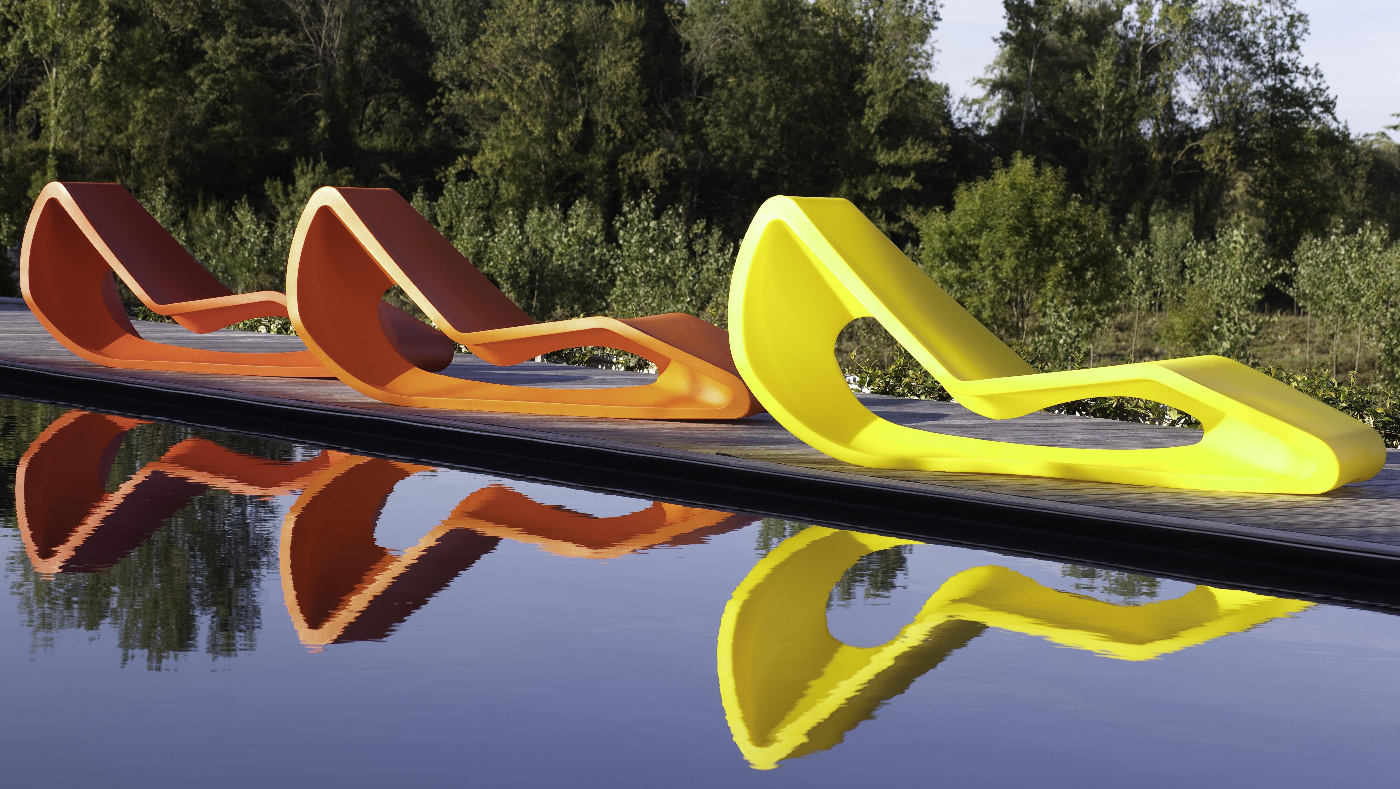 chaise longue organic orange qui est paul. Black Bedroom Furniture Sets. Home Design Ideas