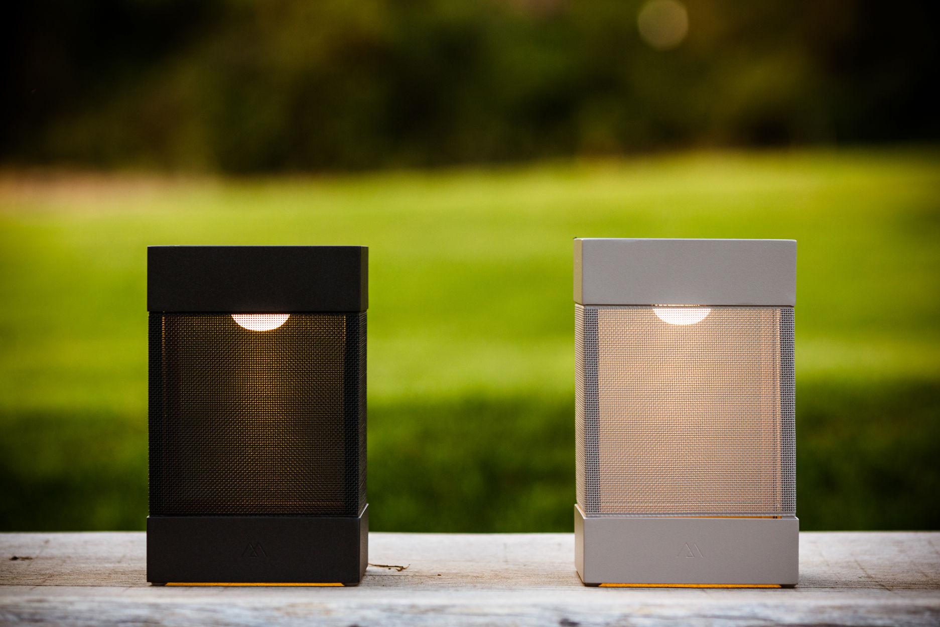 la lampe pose 03 solar lamp white by maiori. Black Bedroom Furniture Sets. Home Design Ideas