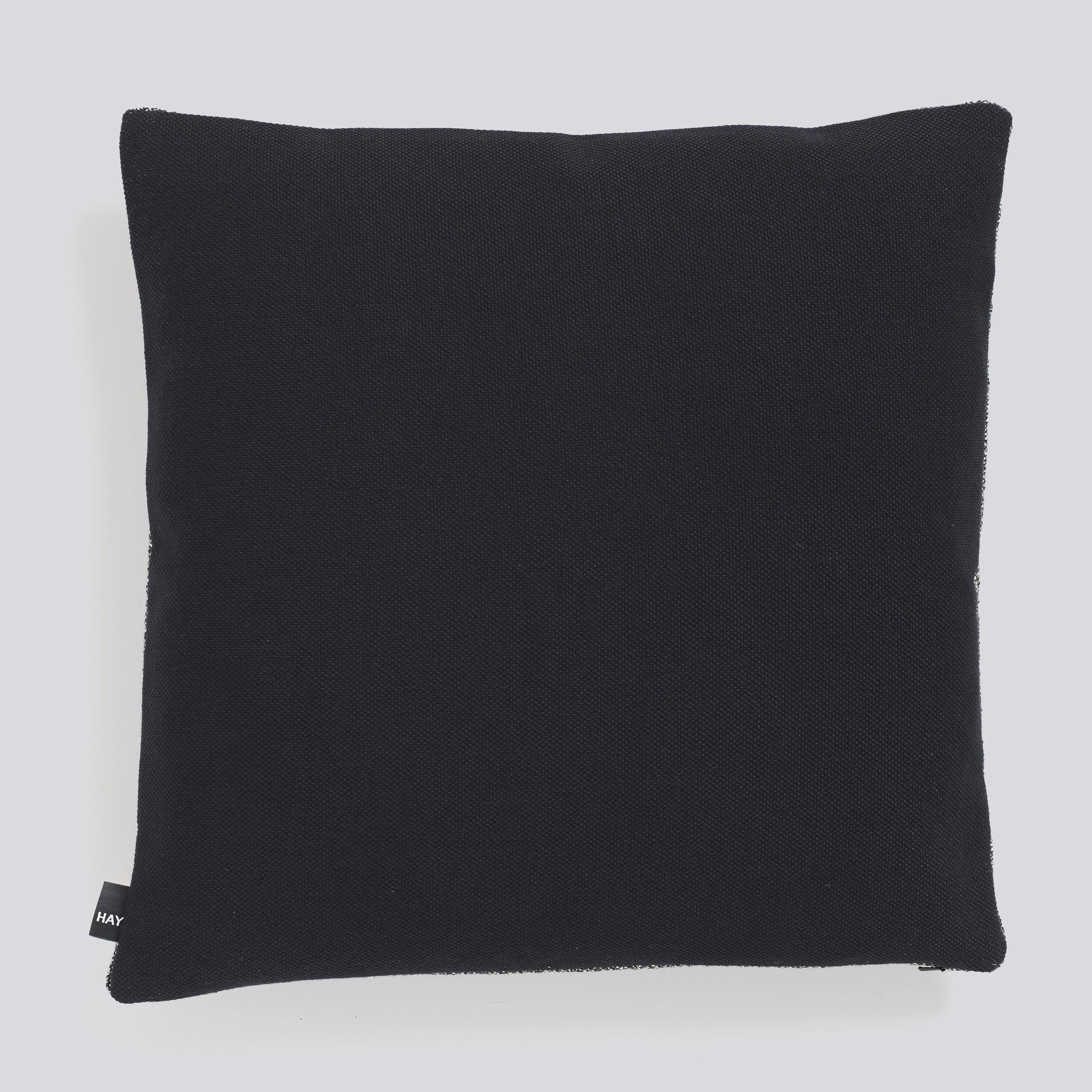 coussin eclectic 50 x 50 cm sel poivre hay. Black Bedroom Furniture Sets. Home Design Ideas